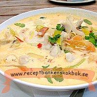 Thaisoppa med kyckling (4 port)