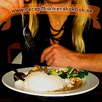 Kyckling med cashewnötter (Gai Pad Med Mamuang) (4 port)