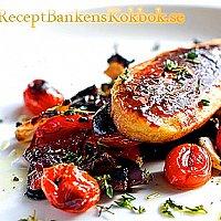 Glaserade Quorn Filéer med ugnsrostade grönsaker