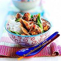 Kryddstark Quorn wok med fullkornsnudlar